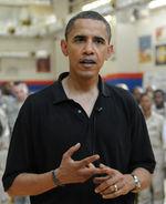 Barack_Obama_2008_Kuwait_10