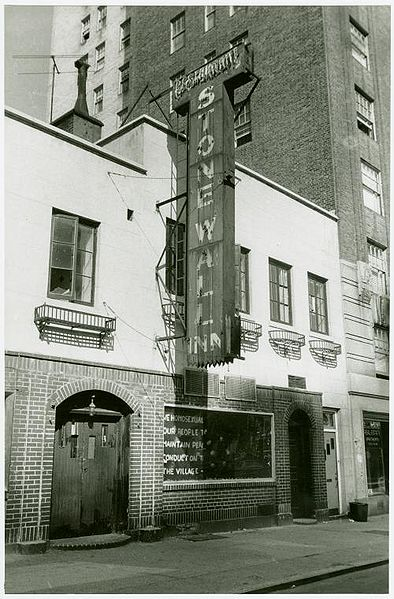 Stonewall_Inn_1969