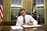 Obama left hand