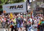 Pride_2004_pflag