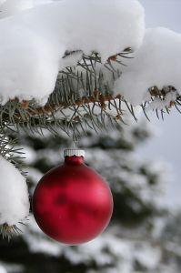 Christmas_ornament_snow