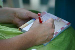 Writing_in_diary