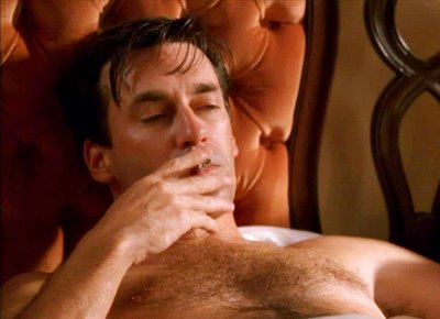 Jon-hamm-in-bed