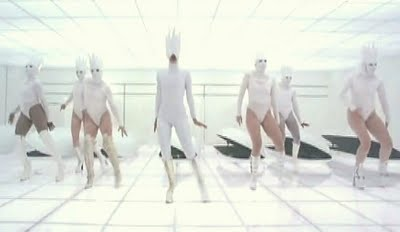 Lady+Gaga+Bad+Romance+video+group+dance+photo