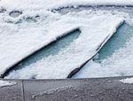 Snow_on_windscreen