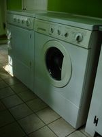 Washing_machine_and_dryer