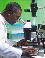 Man_using_microscope